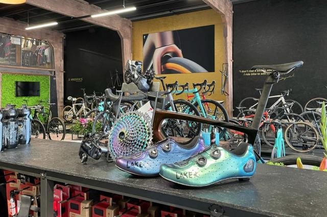 Zaterdag 24 juli: voetmeting en advies van Lake Cycling